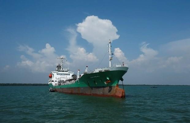 Piratas atacan a buque petrolero tailandes en Malasia hinh anh 1