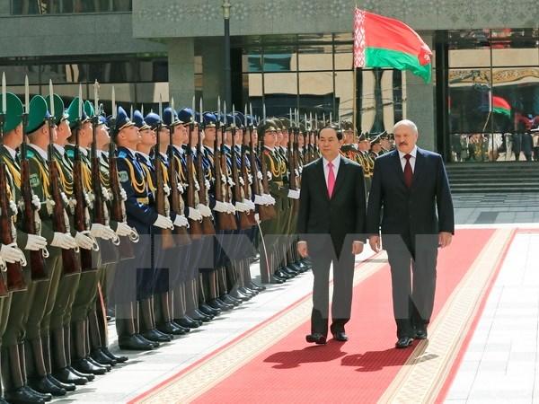 Vietnam y Belarus elevaran intercambio comercial a 500 millones de dolares hinh anh 1