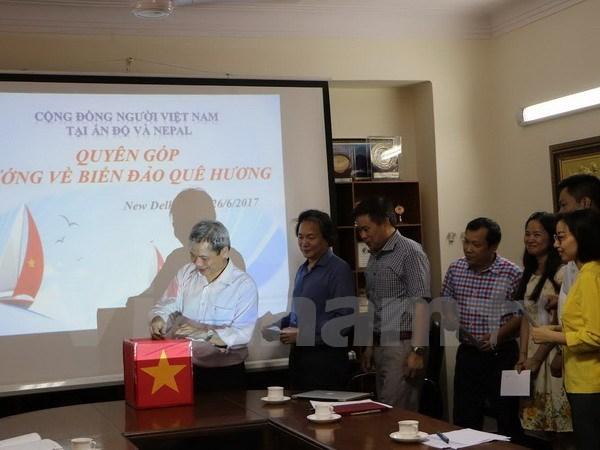 Vietnamitas en India y Nepal miran hacia el mar y las islas de la Patria hinh anh 1