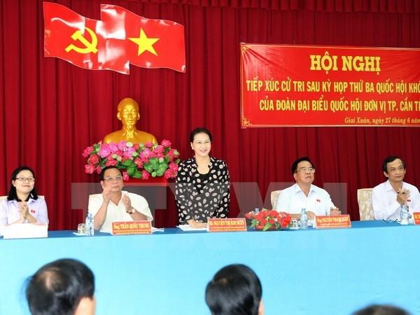 Presidenta de Asamblea Nacional de Vietnam dialoga con votantes hinh anh 1