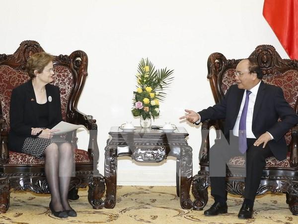 Premier de Vietnam recibe a enviada especial del jefe de gobierno australiano hinh anh 1