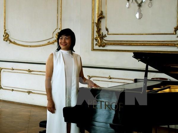 Exitosa presentacion de obras de opera en vietnamita en Republica Checa hinh anh 1