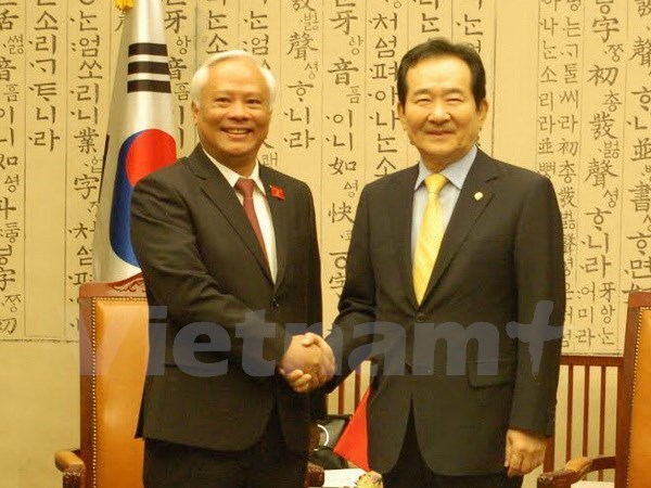 Fortalecen nexos parlamentarios Vietnam-Sudcorea hinh anh 1
