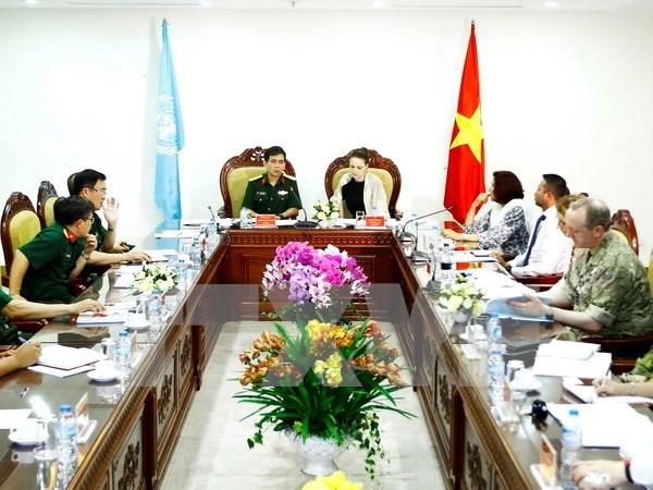 Delegacion de ONU evalua hospital de campana de Vietnam hinh anh 1