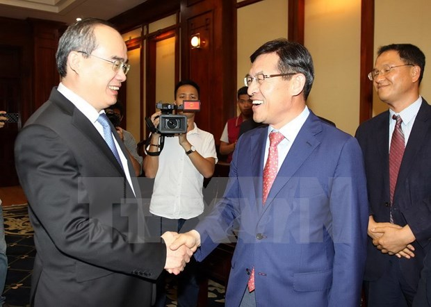 Samsung ayuda a empresas vietnamitas a participar en cadena de suministro global hinh anh 1