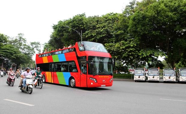 Hanoi prueba nuevo servicio de bus turistico de dos pisos hinh anh 1