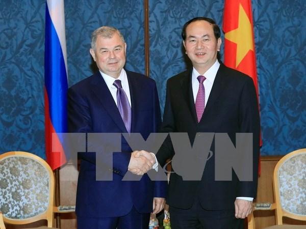 Region rusa de Kaluga aspira a devenir socio confiable de provincias vietnamitas hinh anh 1