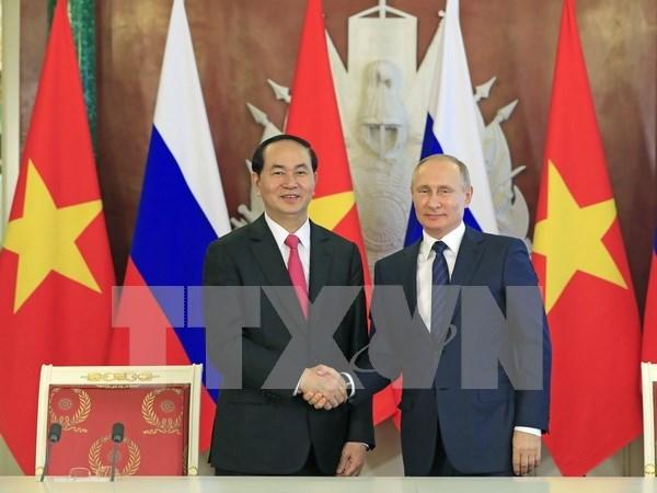 Vicecanciller vietnamita destaca resultados de la gira de presidente por Belarus y Rusia hinh anh 1
