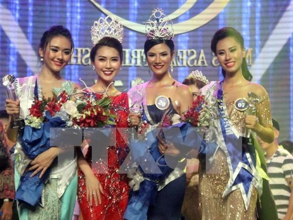 Belleza tailandesa se corona como Miss Amistad de ASEAN hinh anh 1