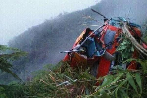 Accidente de helicoptero de rescate en Indonesia deja ocho muertos hinh anh 1