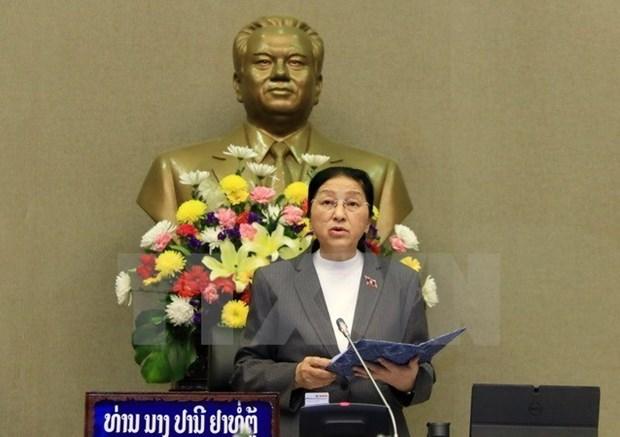 Presidenta del Parlamento laosian inicia visita a Vietnam hinh anh 1