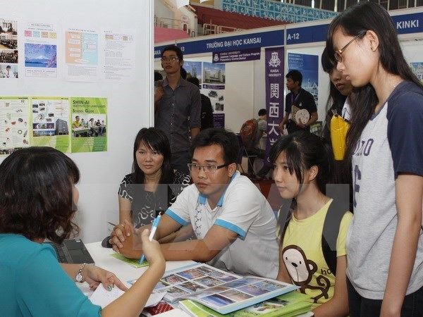 Decrece tasa de desempleados en Vietnam hinh anh 1