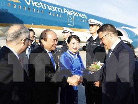 Premier vietnamita inicia visita a Alemania, pais anfitrion de la Cumbre del G20 hinh anh 1