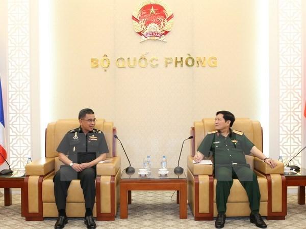 Vietnam aboga por fortalecer nexos en defensa con Tailandia hinh anh 1