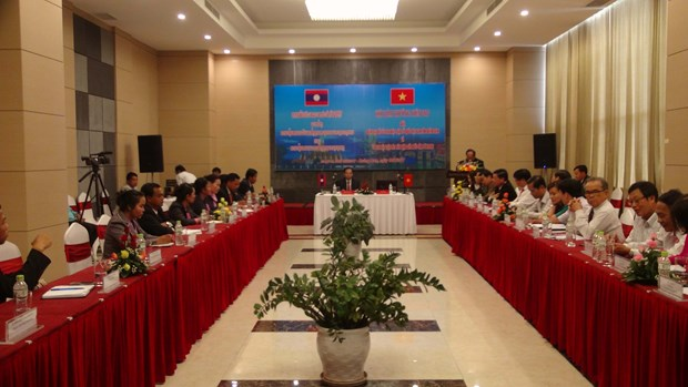 Provincias vietnamitas y laosianas mejoran colaboracion transfronteriza hinh anh 1