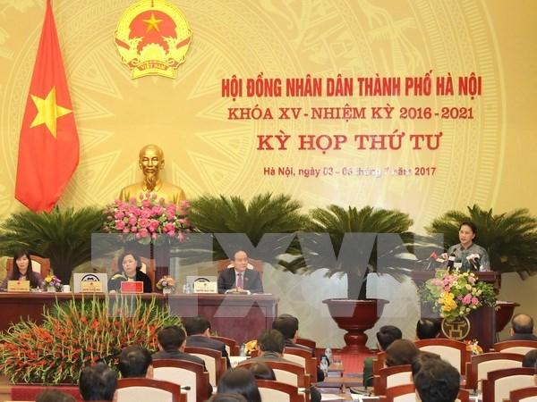 Clausuran cuarta reunion del Consejo Popular de Hanoi de XV mandato hinh anh 1