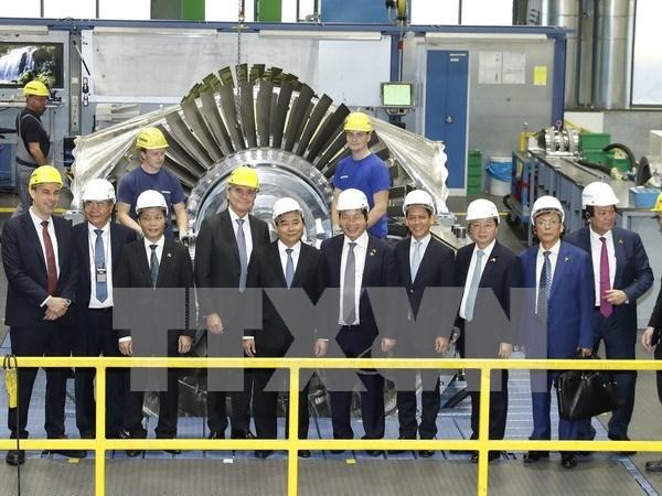 Premier de Vietnam pide mas inversiones de empresas alemanas hinh anh 1