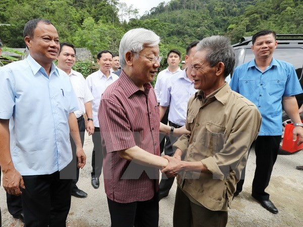Dirigente partidista vietnamita visita provincia de Bac Kan hinh anh 1