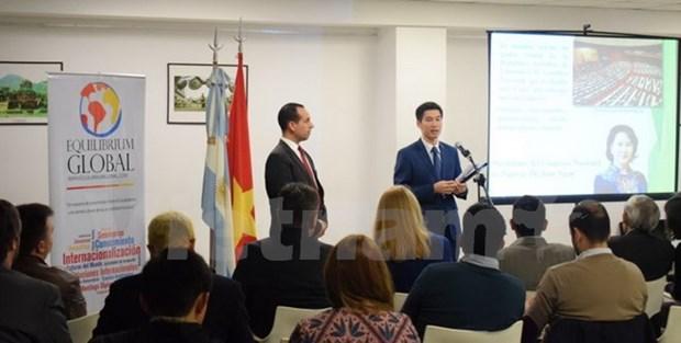 Promueven imagenes de Vietnam en Argentina hinh anh 1