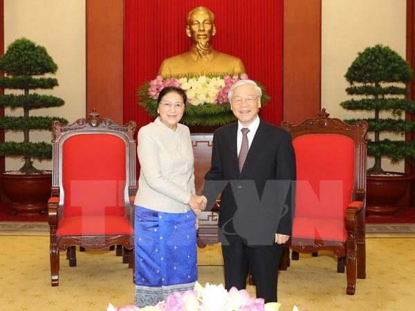 Dirigente partidista reafirma apoyo vietnamita a empresa de renovacion de Laos hinh anh 1