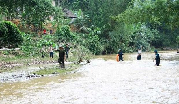 Primer ministro de Vietnam orienta medidas para mitigar secuelas de inundaciones hinh anh 1