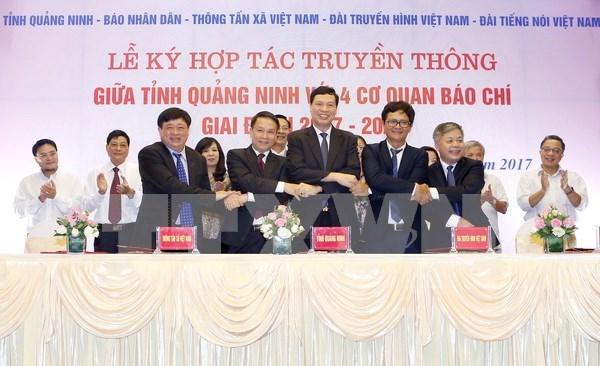 Quang Ninh robustece cooperacion con la prensa hinh anh 1