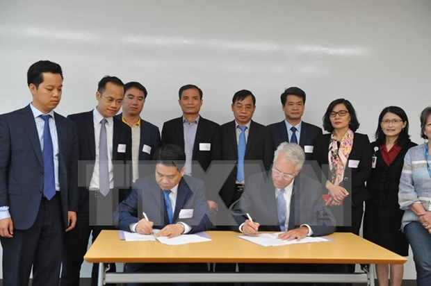 Hanoi promueve cooperacion con el estado de Massachusetts en educacion y salud hinh anh 1