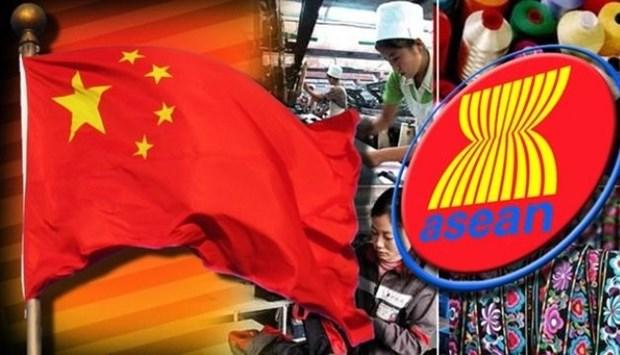 China llama a una cooperacion mas profunda con ASEAN hinh anh 1