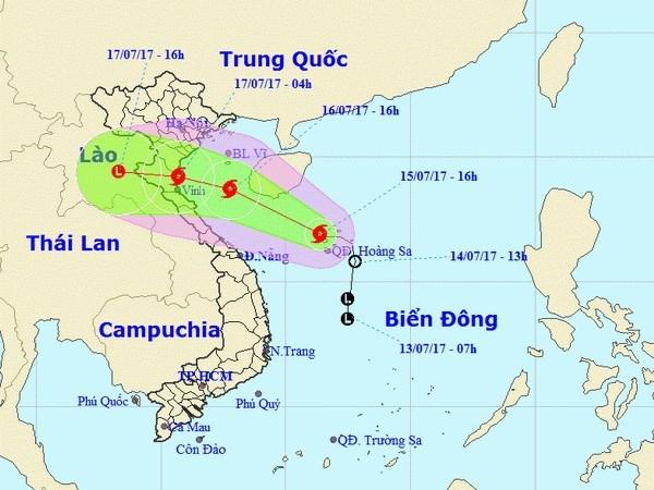 Vietnam despliega fuerzas para superar secuelas del tifon Talas hinh anh 1