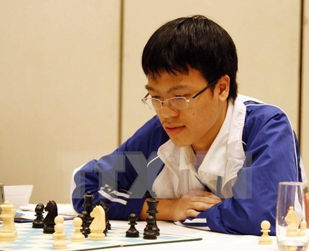 Trebejista vietnamita vencio al campeon mundial de ajedrez rapido hinh anh 1
