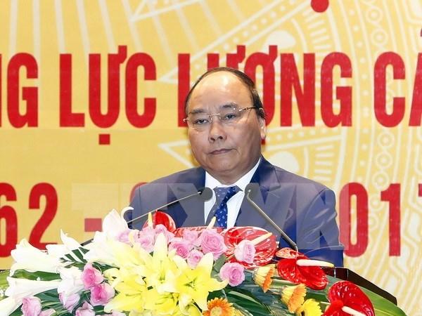 Premier de Vietnam pide garantizar maxima seguridad para eventos del APEC hinh anh 1