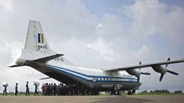 Mal tiempo causo mortal accidente de avion militar en Myanmar hinh anh 1