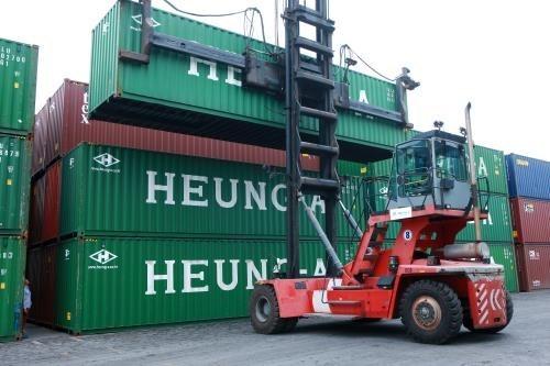 Can Tho desea atraer inversores de Singapur y Japon en servicios logisticos hinh anh 1
