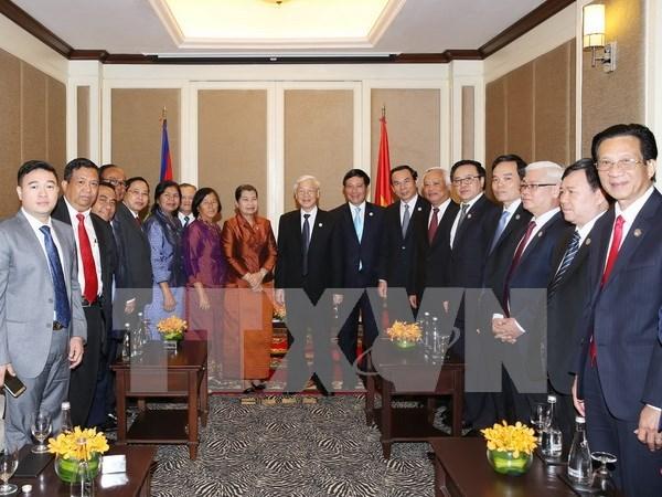 Asociaciones de amistad de Vietnam y Camboya fortalecen cooperacion hinh anh 1