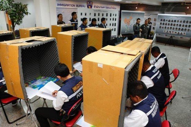 Policia tailandesa arresta a banda china por estafa telefonica hinh anh 1