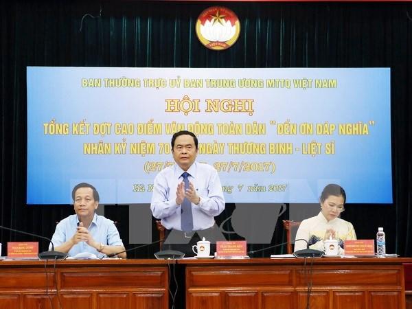 Continua en Vietnam programa en honor a los invalidos de guerra y martires hinh anh 1