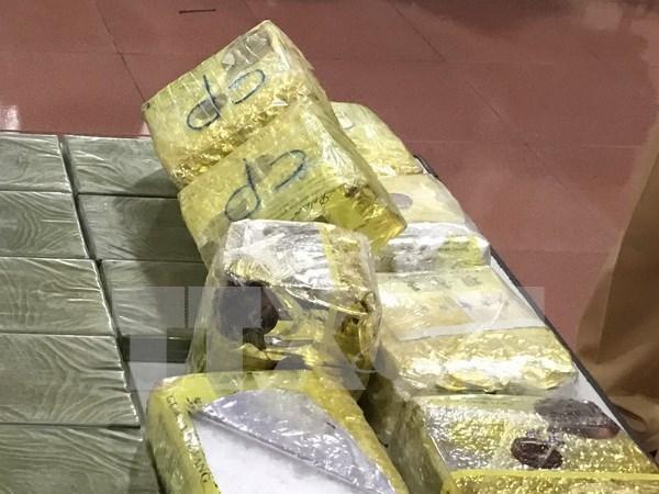 Policia vietnamita incauta 36 mil capsulas de droga sintetica hinh anh 1
