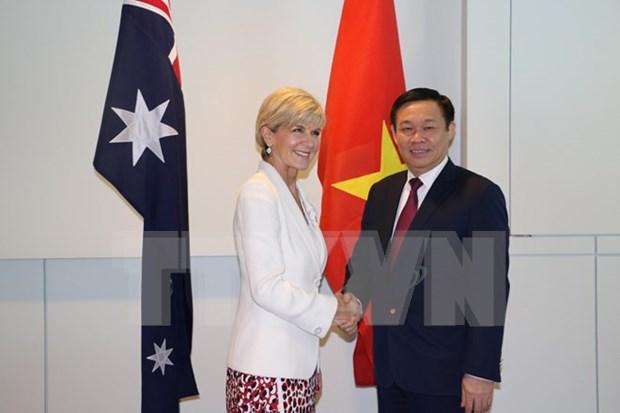 Vicepremier vietnamita continua visita en Australia hinh anh 1