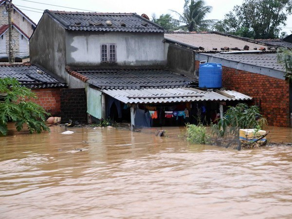Siete ciudadanos vietnamitas muertos en repentinas inundaciones y deslaves de tierra en China hinh anh 1