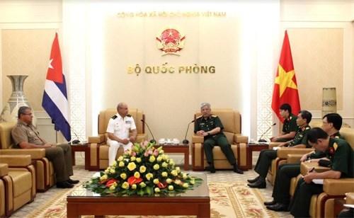 Cooperacion en defensa, pilar de relaciones Vietnam-Cuba hinh anh 1