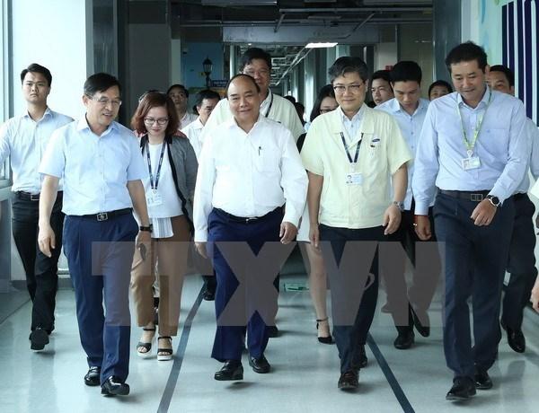 Premier vietnamita destaca contribuciones de Samsung hinh anh 1