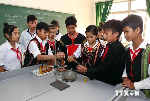Provincias altiplanicas de Vietnam modernizan instalaciones escolares hinh anh 1