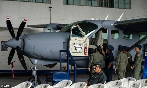 Estados Unidos entrega aviones de vigilancia a Filipinas hinh anh 1