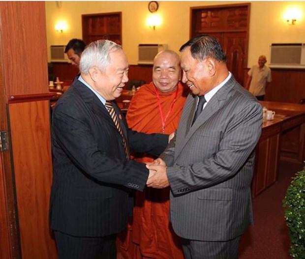 Dirigentes de Camboya aprecian respaldo vietnamita a su desarrollo hinh anh 1