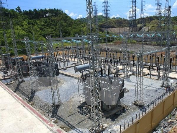 Vietnam avanza en suministro de electricidad a areas insulares del Sur hinh anh 1