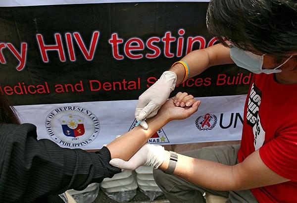 Filipinas registra mayor crecimiento de casos de infeccion por VIH en Asia-Pacifico hinh anh 1