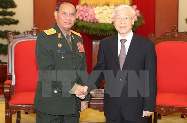 Laos hara maximos esfuerzos por desarrollar nexos con Vietnam, dice alto funcionario militar hinh anh 1