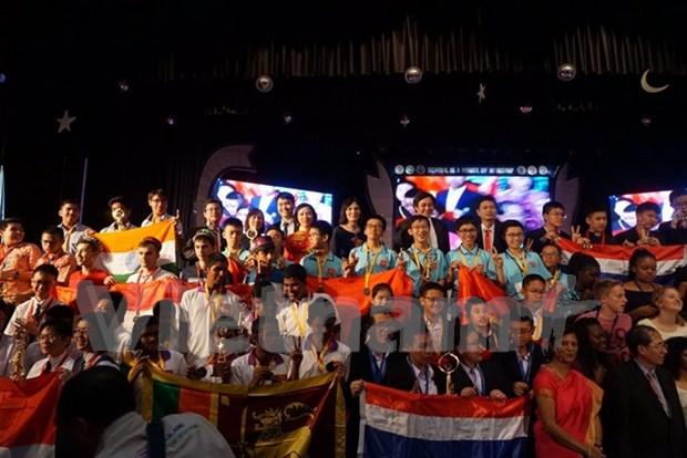 Vietnam triunfa en competencia matematica internacional hinh anh 1