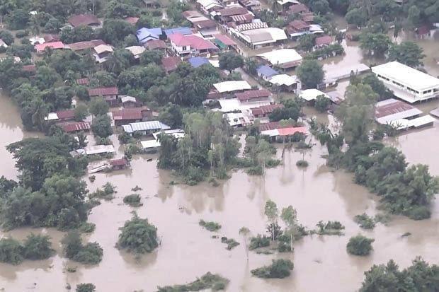 Comunidad vietnamita apoya a connacionales afectados por inundaciones en Tailandia hinh anh 1