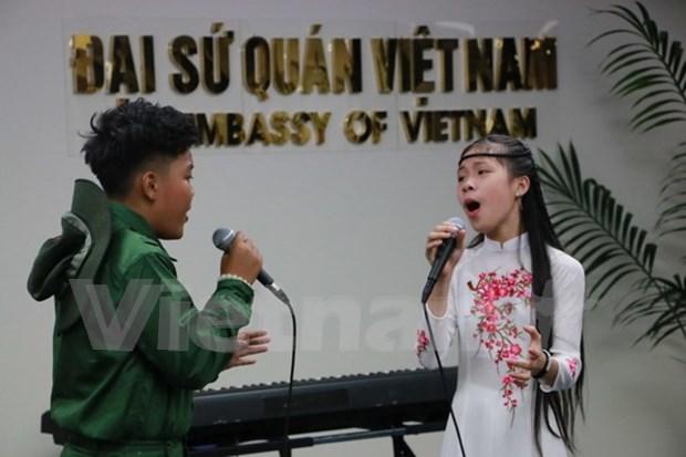 Talentos infantiles de Vietnam promueven cultura nacional en Nueva Zelanda hinh anh 1